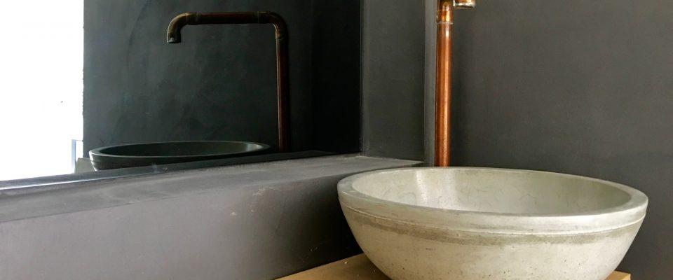 Betonnen wasbak badkamer betonnen wasbak badkamer r beton design wastafel van - Betonnen badkamer ...